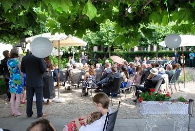Freie Trauung auf der Rheinhotel Terrasse